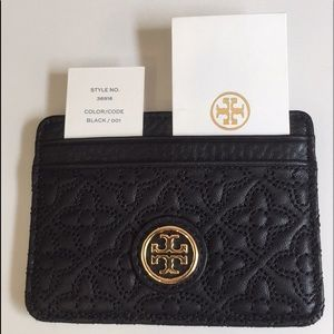 NWT Tory Burch Quilted Slim Card Case